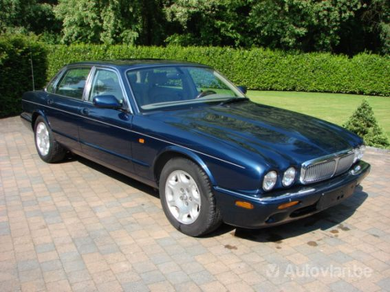 notice jaguar xj8 mode d 39 emploi notice xj8. Black Bedroom Furniture Sets. Home Design Ideas